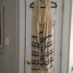New Long sleeveless cardigan sweater